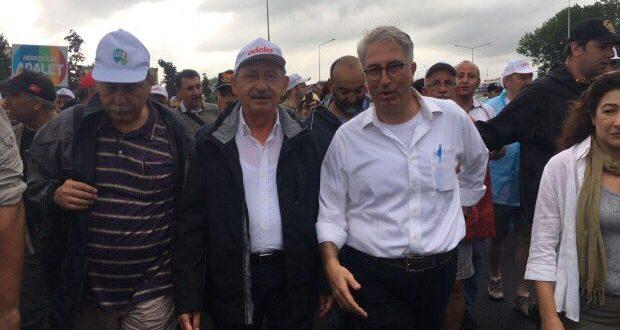 """Aydın Doğan'dan KK'nın FETÖ yürüyüşüne """"yazar"""" hizmeti!"""
